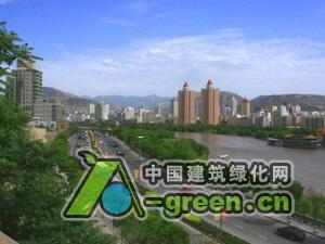 构建天蓝地绿水净的人居环境